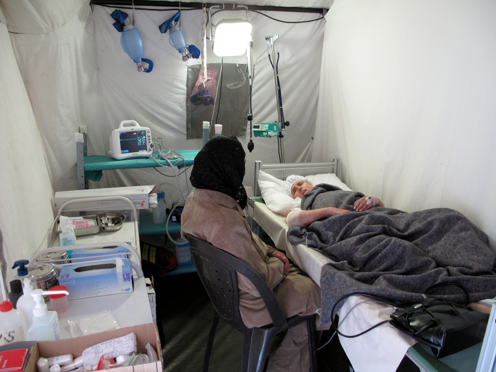 Since january till june 2009, two operating rooms with eleven beds have been set up under medical inflatable tents in the center of Gaza city. MSF medical teams have carried out 205 specialized surgeries for people injured in the intense fighting such as removing of external fixators, skin grafts, flappings and delivered a bit less than 700 consultations. Three clinics have been offering postoperative care in Beit Lahya, Gaza City and Khan Younis. A pediatric clinic delivers follow up to children. A mental health team composed by 4 psychologists has been providing consultations to treat Post Traumatic Stress Disorders.